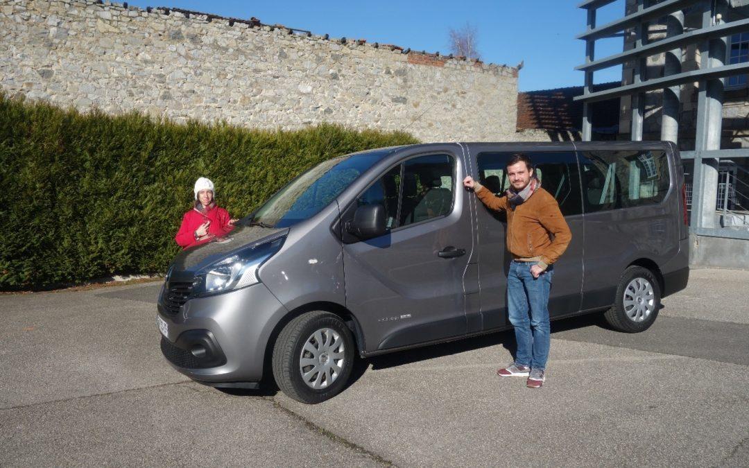 Minibus à Varlin Pont-Neuf
